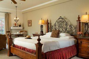Evian Suite Bed