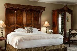 Marseilles Suite Bed