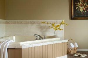 Orleans Suite Bath