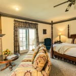 nice suite lounge area