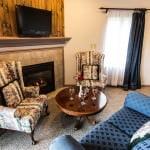 Marseilles Suite lounge area