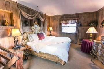 After you explore all of the fun things to do in the Poconos in winter, come stay in our Turret Suite!