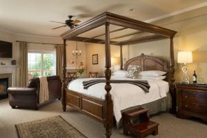 jardin room king bed