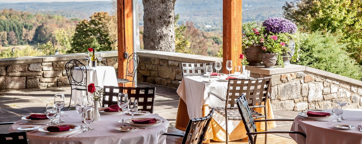 French Manor Outdoor Dining